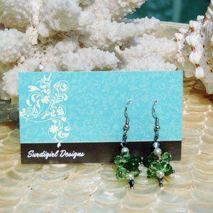 Artisan Surdigirl - Green Bead & Pearl Earrings